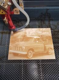 South Craft Laser - foto op hout